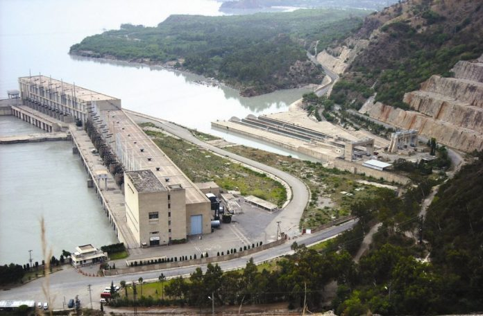 Tarbela power plant breakdown: Punjab, KP without electricity