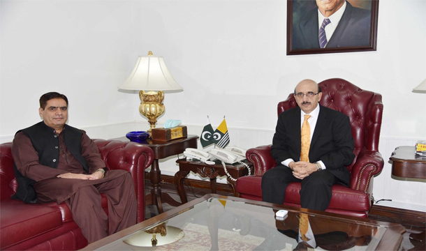 BRITISH COUNCILLOR WAHEED CALLS ON PRESIDENT AJK