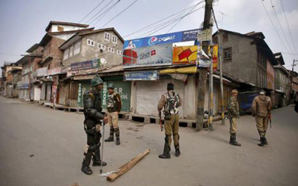 Indian troops launch massive operation in Pulwama district