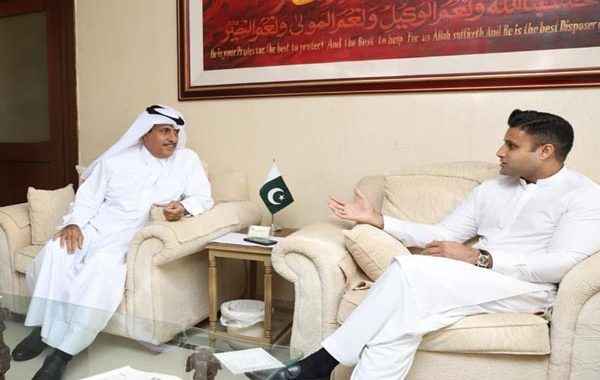 Qatar embassy to establish special facilitation center for more Pakistan's workforce