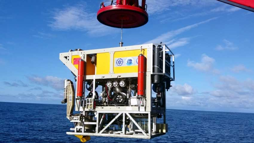 China's underwater robot sets new depth world record
